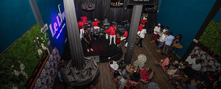 Prince Kiala enflamme le Live avec Sovingab