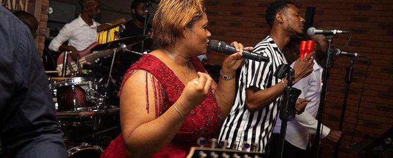 Le Murmure « Very » hot avec Nadège Mbadou pour la Saint Valentin